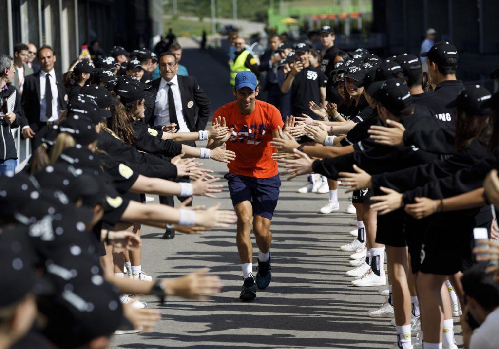 Djokovic recogepelotas MMO 2018 01