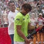 Fognini bautiza a Ferrer B Aires 02 b