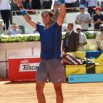 Nadal Madrid2014-V4
