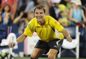 Robredo T US Open 2013 12 b