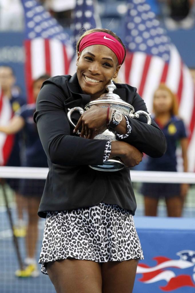 Serena trofeo feliz 05 b