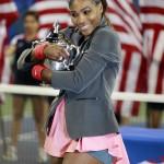Serena y Copa US Open 2013 01 b