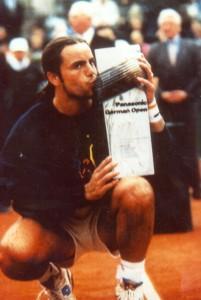 Foto de Roberto Carretero campeón en Hamburgo