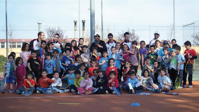 participantes en una de las Operaciones Tenis