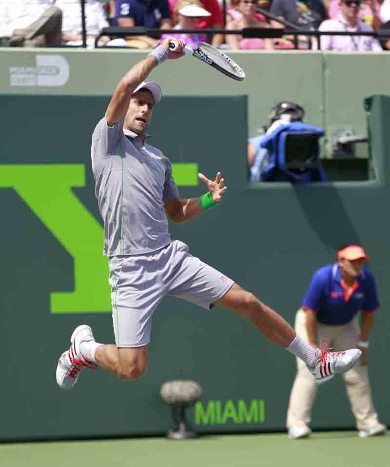 Djokovic N final Miami 2014 01 b