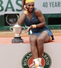 WilliamsSerenaTrofeoRolandGarros2013-2
